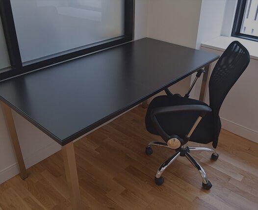 desk-bg